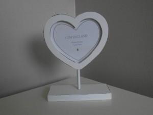 Shabby Chic Heart Photo Frame