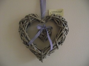 Shabby Chic Willow Heart Lilac